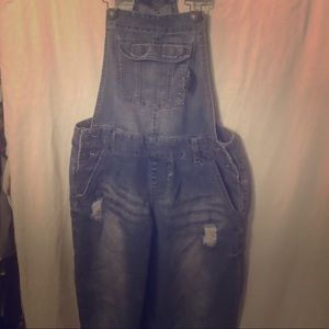 Rue 21 distressed overalls sz 7